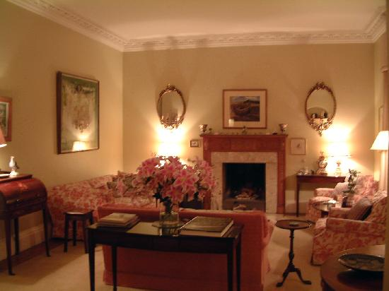 Kinkell House Bed & Breakfast: Drawing Room