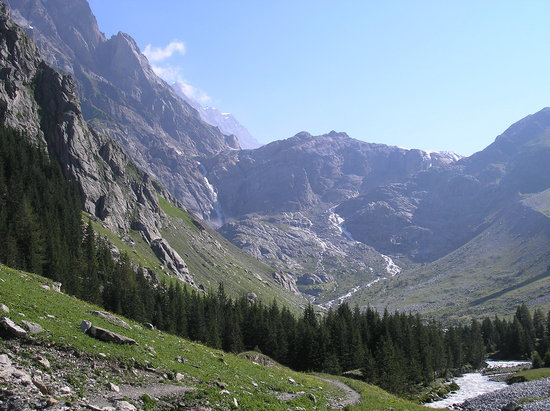 Kandersteg, Swiss: the walk up to the glacier