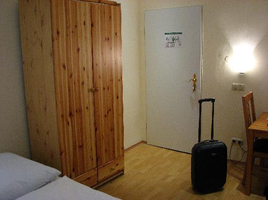 Hotel 66: Room foto 3