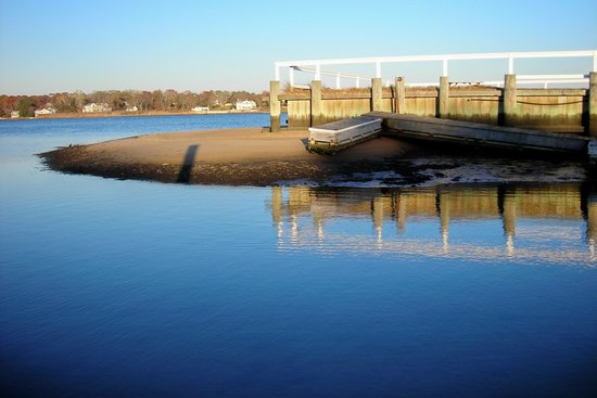 Hampton Bays, État de New York : At Colonial Shores
