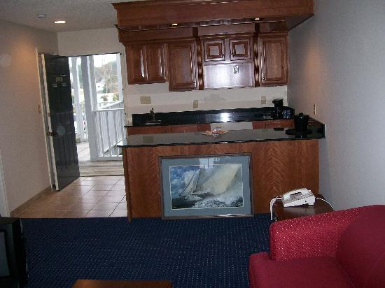 Beaufort Inn: kitchenette room-br could be closed off