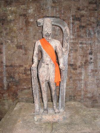 Kampong Thom Province, Kambodscha: Sambor Prei Kuk - Prasat Sambor - Harihara Statue
