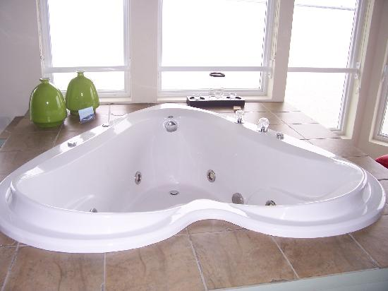 Hotel Rooms In Ocean City With Jacuzzi