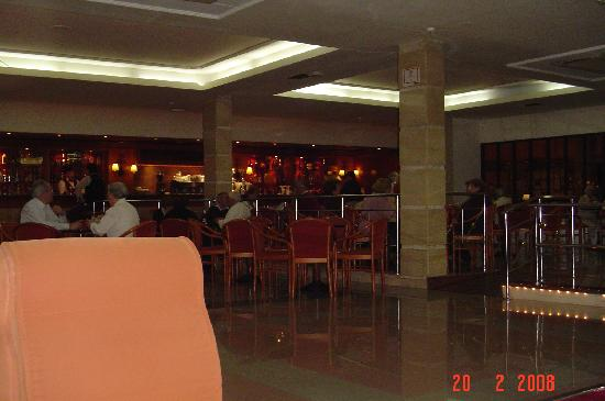 Hotel Monarque Fuengirola Park : The Bar Lounge