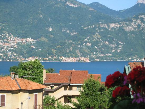 Hotel Sonenga: View from the balcony of our room overlooking Lake Como
