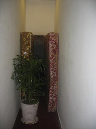 Hotel 68 : Lien Ha Hotel, floor beneath our room
