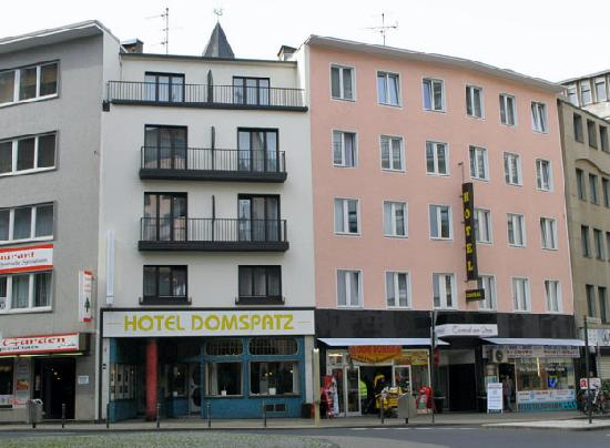 Eazires Hotel Domspatz City: Hotel Domspatz, Cologne, and its neighbor, hotel Central am Dom