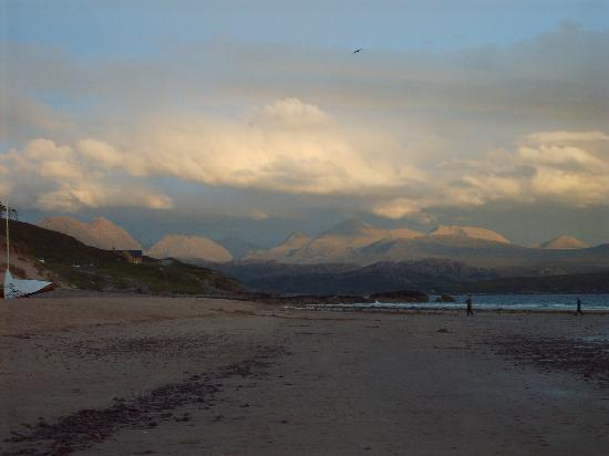 Gairloch, UK: view from beach to the left