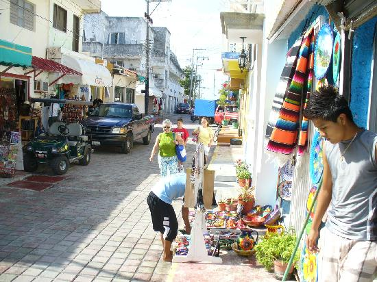 Isla Mujeres Palace: shopping in town at Isla Mujeres