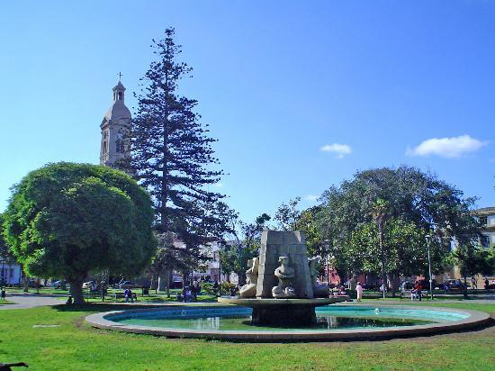 La serena: la plaza de Aramas y la catedral
