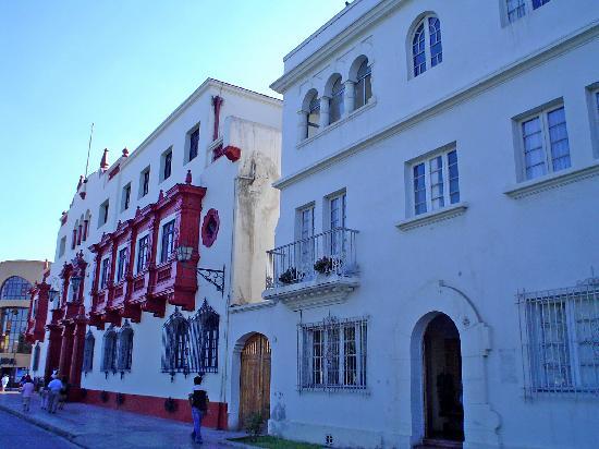 La Serena: edificios coloniales