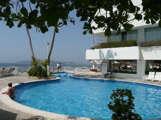 Holiday Inn Resort Acapulco: la piscine, de plus près...