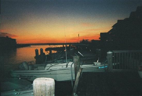 Stone Harbor, NJ: The harbor at sunset