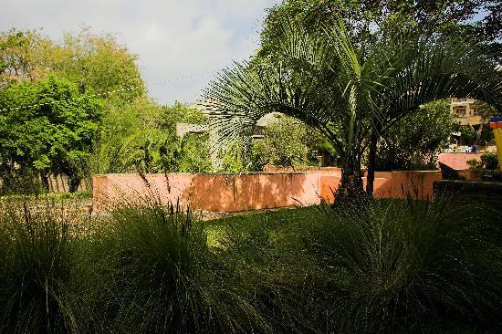 Sidi Harazem Hotel: Vue Jardin