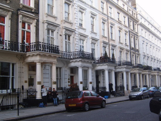 Photo of Astor Queensway Hostel London