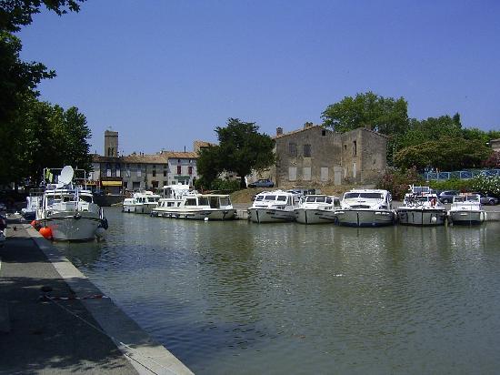 Languedoc-Roussillon, ฝรั่งเศส: The Port de Plaisance at Trebes