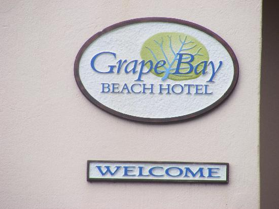 Grape Bay Beach Hotel: Grape Bay Sign
