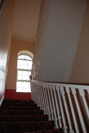 Hazelbrook House B&B: So many stairs!