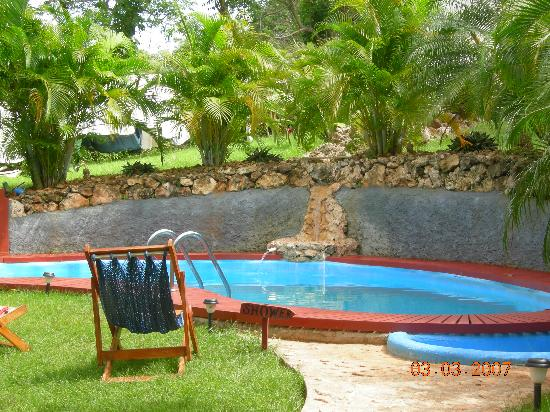 The Colibri Hill Resort: pool