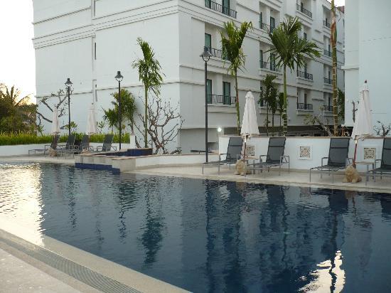 Tara Angkor Hotel: La Piscine