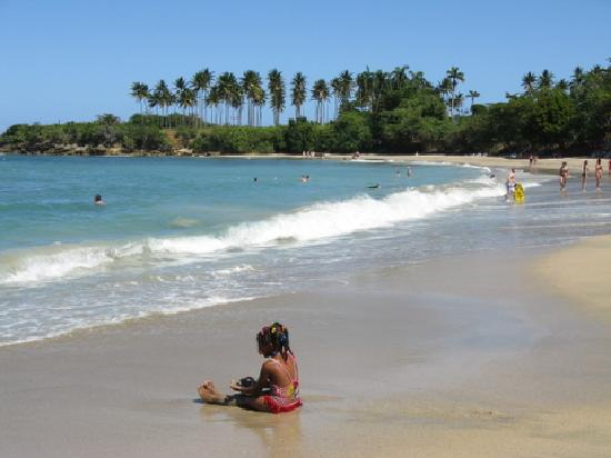 The Tropical at Lifestyle Holidays Vacation Resort: The Beach (with a cute Dominican girl)