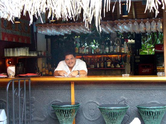 Villa del Sueno: Bartender Extrodinare