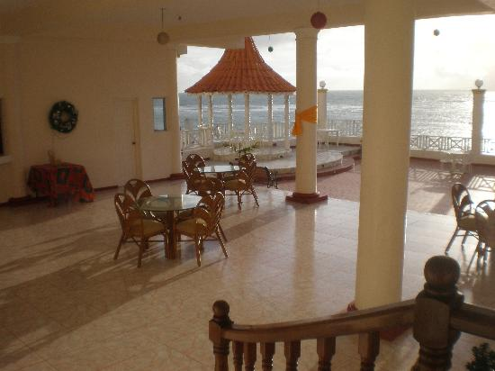 Robin's Bay, Jamaica: The Patio