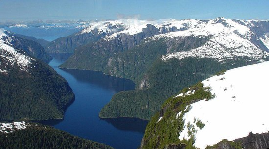 Island Wings Air Service: Misty Fjords scenry