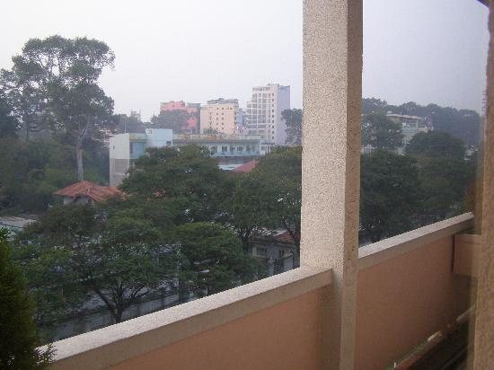 Saigon Star Hotel: Back window view