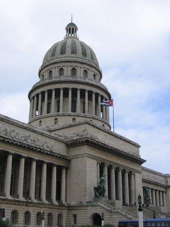 La Havane, Cuba : capital building