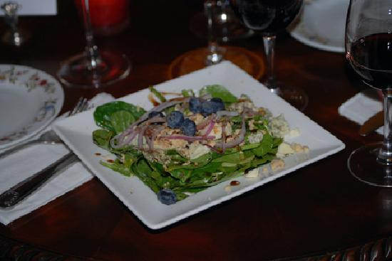 Alchemy Restaurant and Bar: Spinach Salad