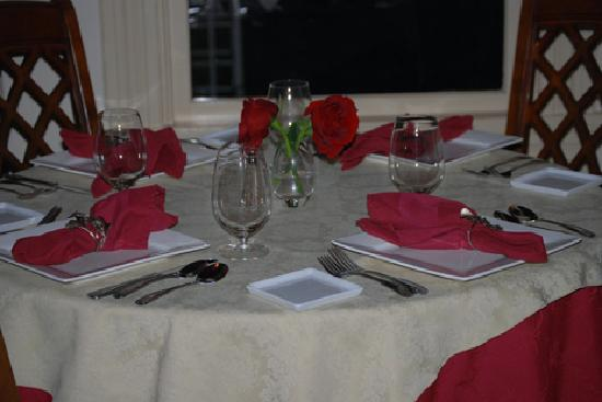 Alchemy Restaurant and Bar : Table setting in the more formal dining area