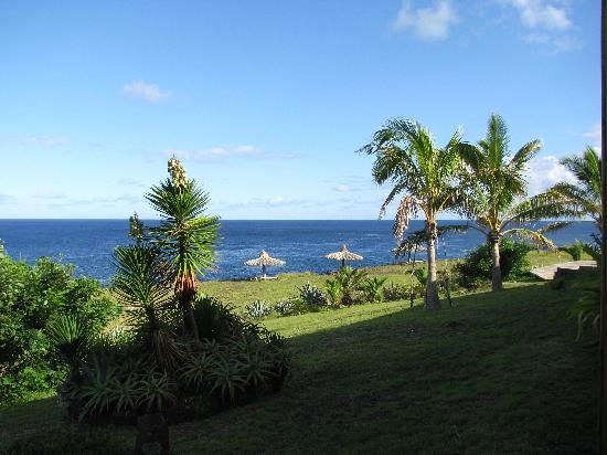 Iorana Hotel: View of ocean from Hotel