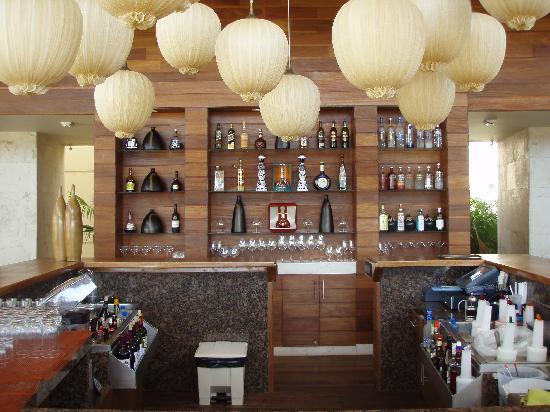 Rosewood Mayakoba: Main Bar