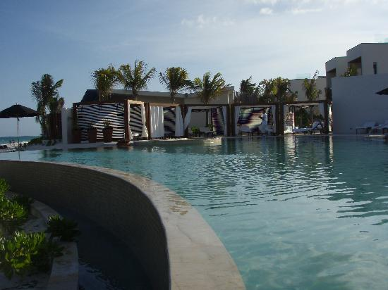 Rosewood Mayakoba: Beach Side Pool