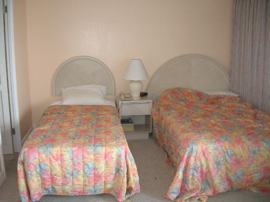 Wyndham Royal Garden at Waikiki: the beds