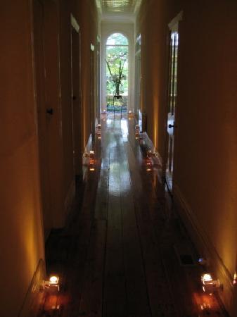 Farmers Arms Retreat: Hallway