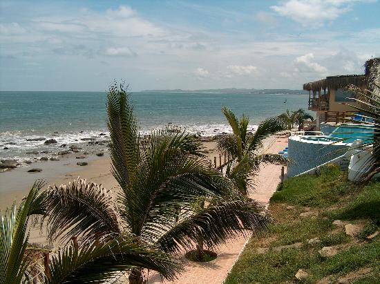 Punta del Mar: View north toward Mancora from our balcony