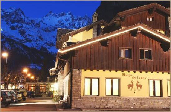Hotel Dei Camosci