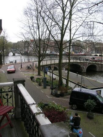 The Bridge Hotel : vista 1 dalla camera 122