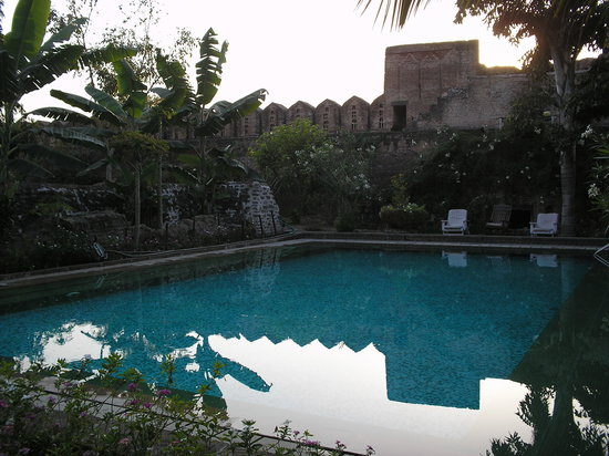 Ahilya Fort: Swimming Pool
