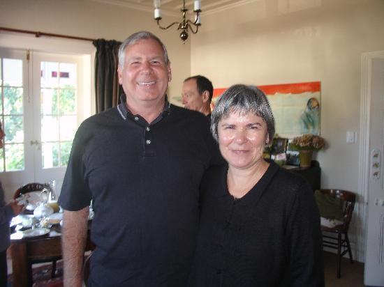 Cobden Garden Bed and Breakfast: John & Cobden Owner Rayma Jenkins