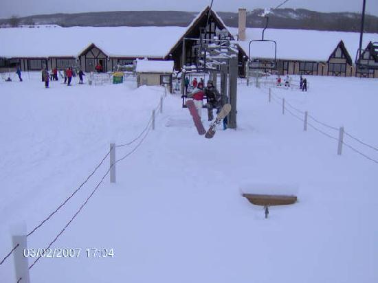 Boyne Highlands Resort: Camelot lift in learning center