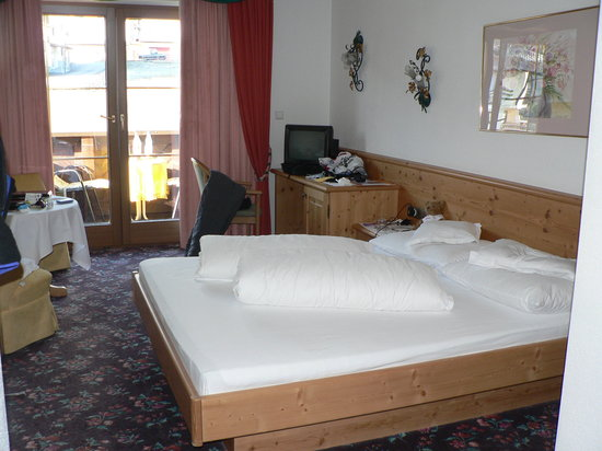 Wohlfühlhotel Schiestl: Our bedroom