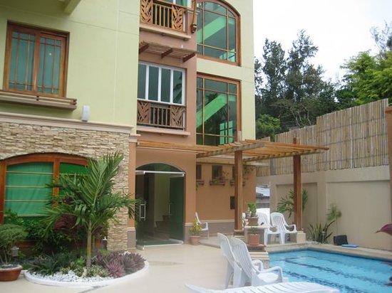 Boracay Beach Club: Entrance to hotel
