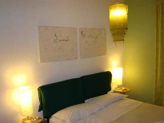 Etna Massalargia: Detalle de una de las habitaciones