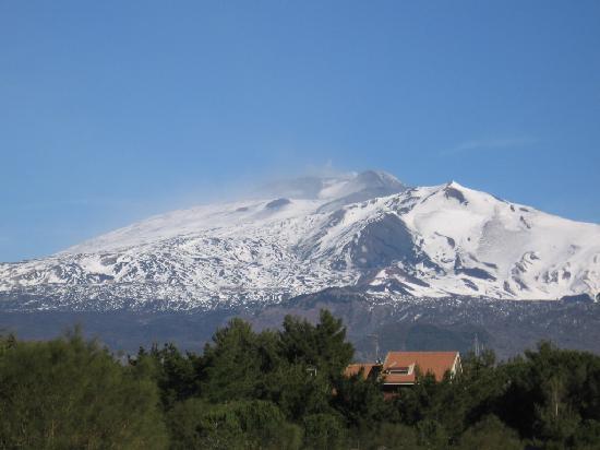 Etna Massalargia: El Etna visto desde Nicolosi