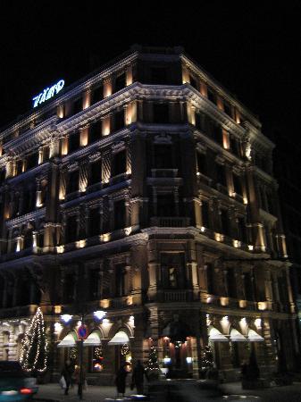 Hotel Kamp: Building