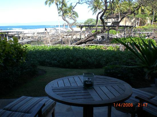 Four Seasons Resort Hualalai: Our view of ocean and snorkel pond
