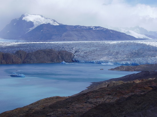 Estancia Cristina: VIew back to the glacier during a day hike